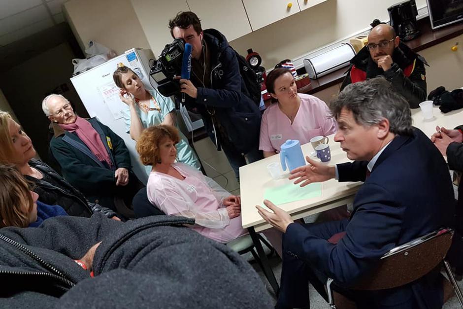 Fabien Roussel en visite à l'hôpital : « Où est la dimension humaine dans tout cela ? » - Creil, 20 mars 2018
