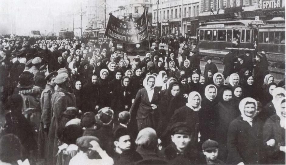 11 novembre, Erquery - La Grange Erquery-Soirée Révolution russe : conférence et concert