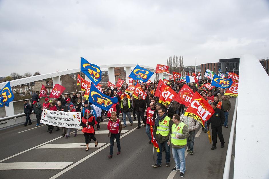 Plus de 1 000 manifestants dans l'Oise contre le «pacte de responsabilité » - Oise, 18 mars 2014