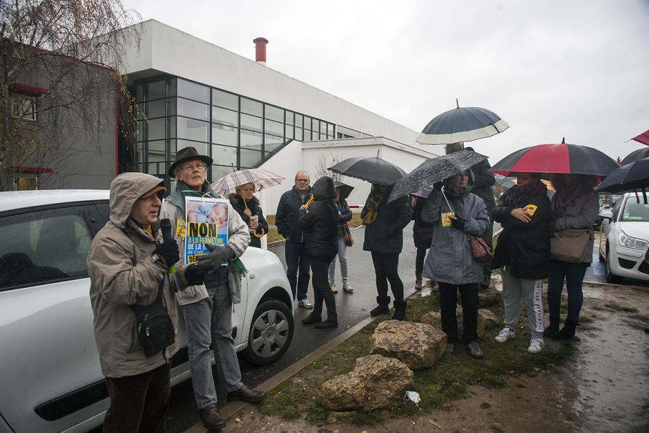Manifestation pour le maintien de la maternité de Creil : intervention du Comité de défense - Creil, 1er décembre 2018