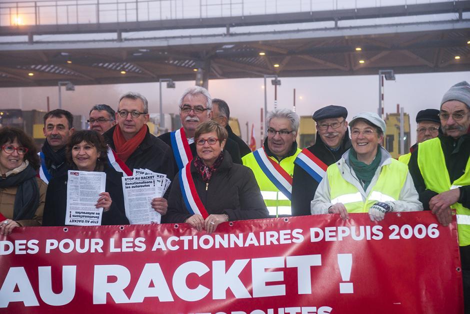 Stop au racket ! Renationalisons les autoroutes - Péage de Chamant, 19 novembre 2014