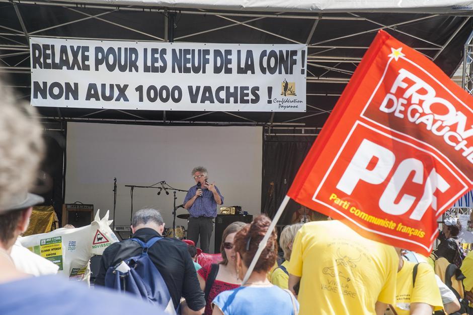 Relaxe totale et immédiate des 9 de la Conf', fermeture administrative immédiate de la ferme-usine des Mille Vaches ! - Amiens, 17 juin 2015
