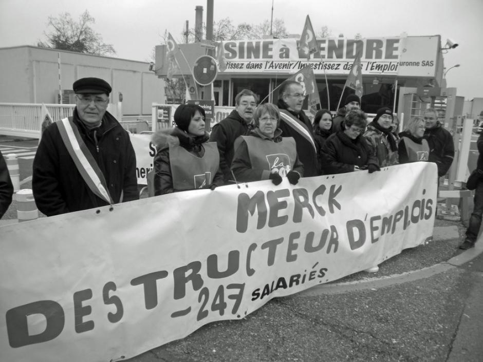 Les salariés de Merck au-devant du ministre de l'industrie - Petit-Couronne, 30 janvier 2012