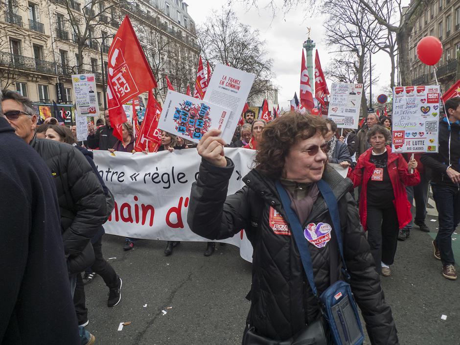 Marche pour la 6e République : un morceau du défilé - Paris, 18 mars 2017