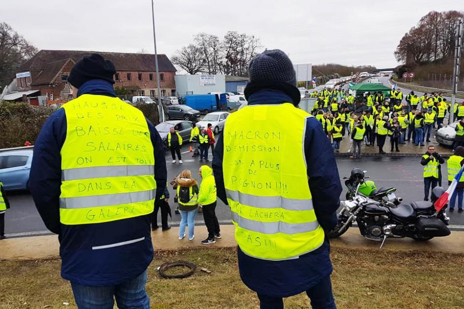Gilets jaunes : Macron doit entendre cette exigence forte de justice sociale, d'égalité et de dignité ! - Beauvais & Montataire, 8 décembre 2018