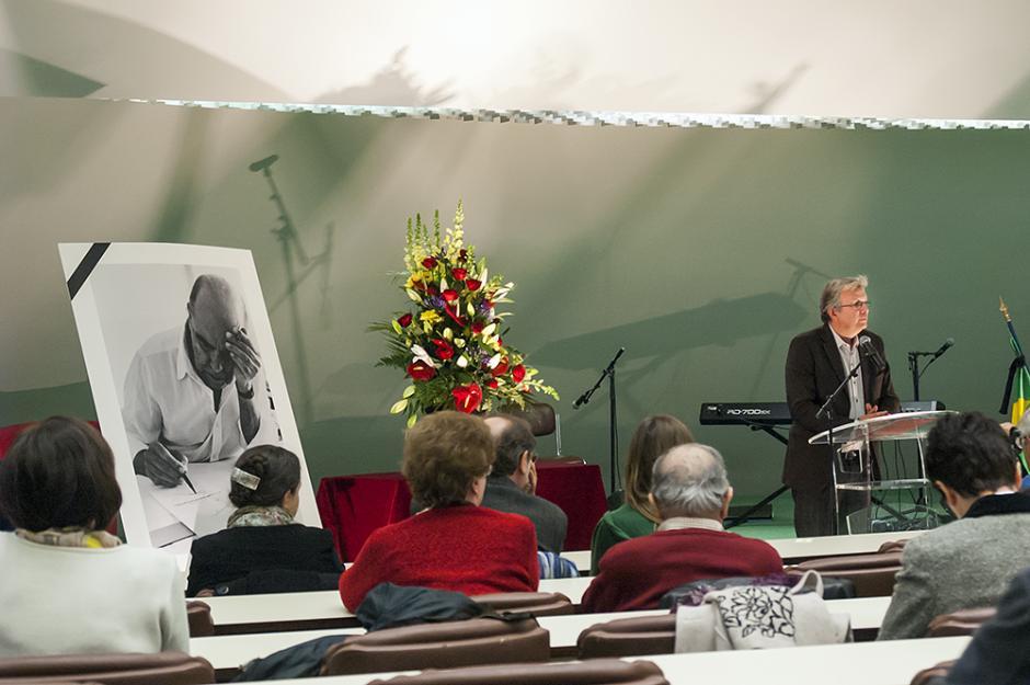 Soirée spéciale au siège du PCF : hommage à Oscar Niemeyer et clôture du mois Aragon - Paris, 19 décembre 2012