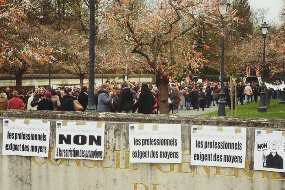 Conseil départemental : carton rouge à l'austérité, à Courtial soutenu par l'extrême droite - 3 décembre 2015