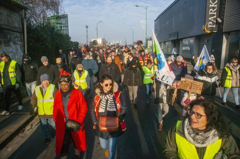 « Macron, ta réforme on n'en veut pas, retire-la ! » - Nogent-sur-Oise et Creil, 31 décembre 2019