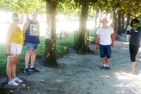 Concours de pétanque : une belle première à l'ombre bienvenue des arbres - La Neuville-en-Hez, 5 août 2018