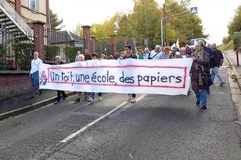 Solidarité avec les jeunes lycéens migrants ! - Beauvais, 12 octobre 2017